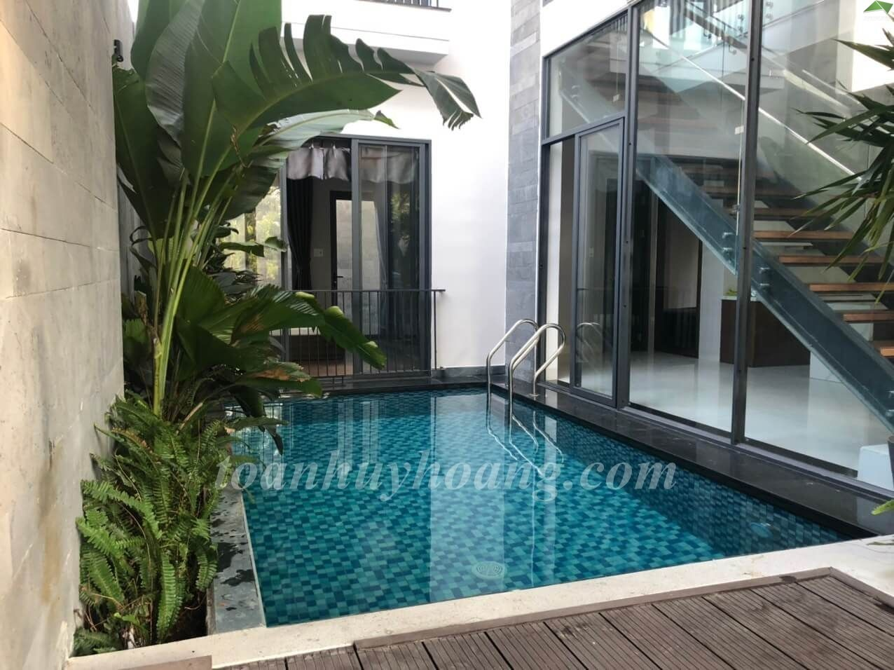Rental Villa Swimming Pool